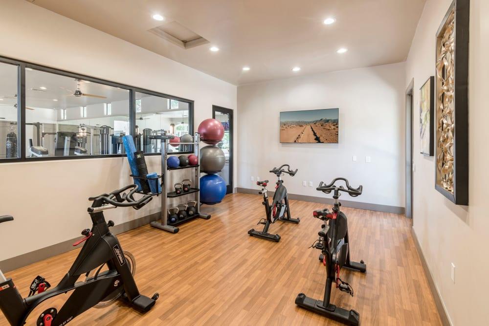 Enjoy Apartments with a Gym at Broadstone Desert Sky in Phoenix, Arizona