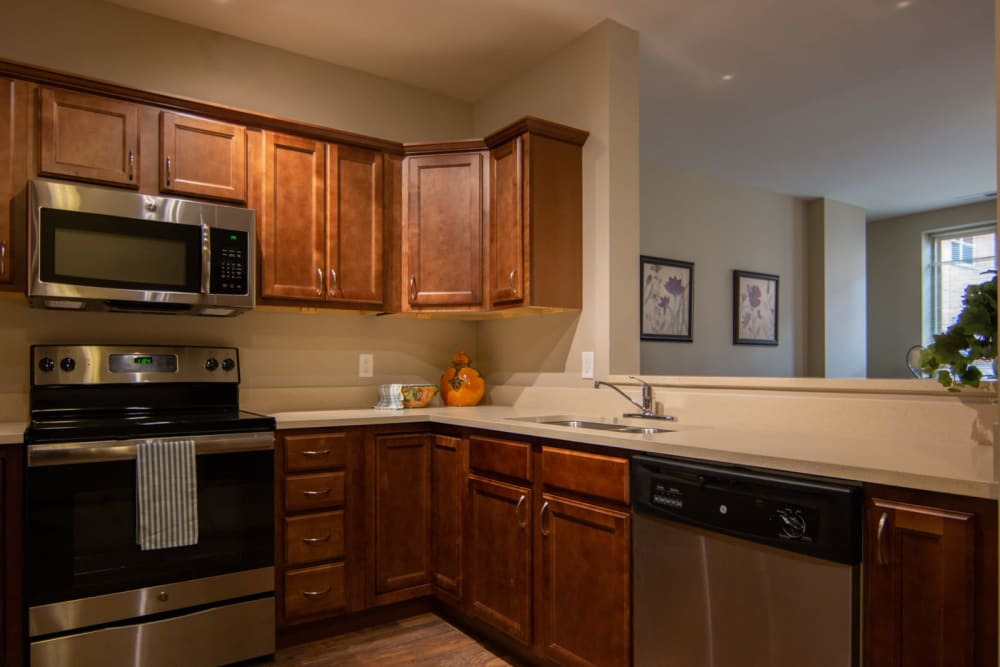A full resident kitchen at Aurora on France in Edina, Minnesota.