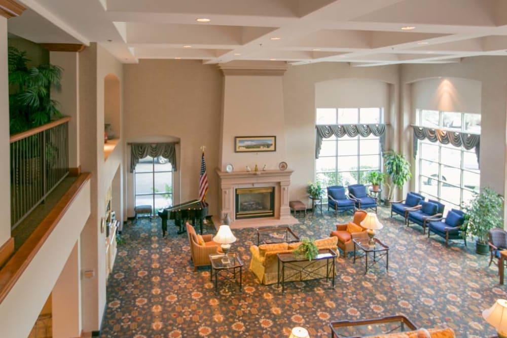 Resident lounge at Mountain View Retirement Village in Tucson, Arizona