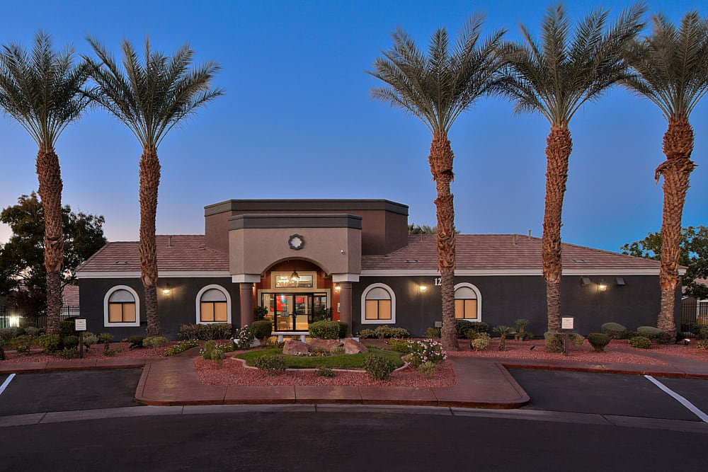 Exterior of Cielo Apartment Homes in Henderson, Nevada