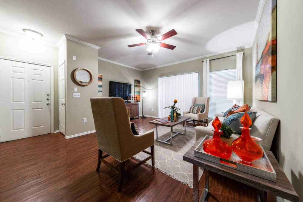 Spacious, well decorated living room at Marquis at Ladera Vista in Austin, Texas