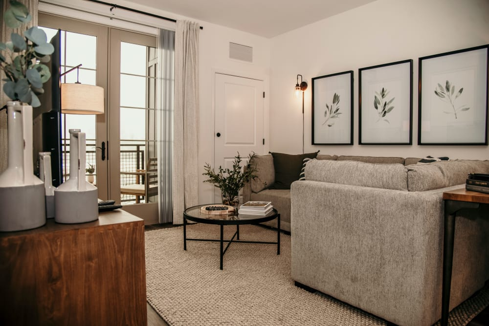 Pet-friendly apartments at The 450 in Lombard, Illinois