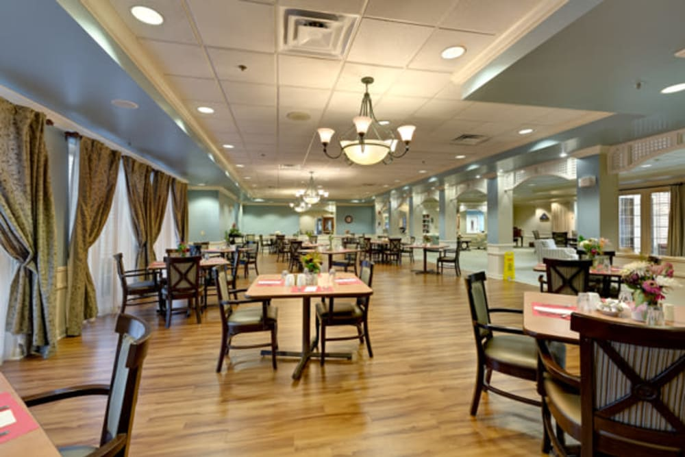Dining area at Carriage Court of Kenwood in Cincinnati, Ohio.