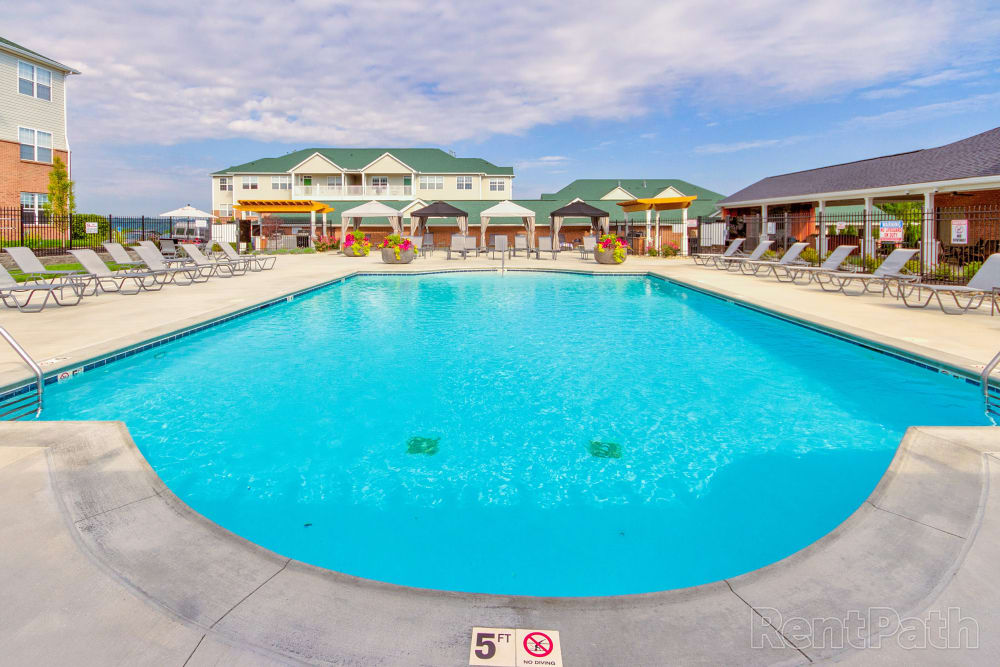 Beautiful resort style swimming pool at Aspen Pines Apartment Homes in Wilder, Kentucky