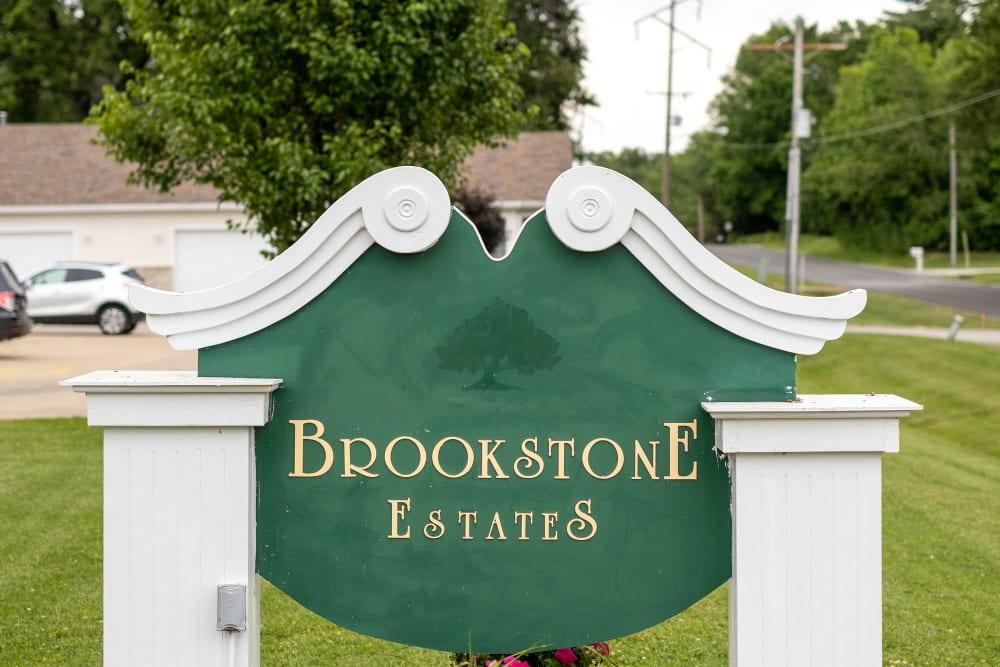 Emerald sign to upscale senior living facility at Brookstone Estates of Vandalia in Vandalia, Illinois