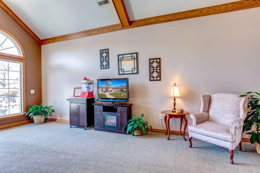 TV room at Brookstone Estates of Fairfield in Fairfield, Illinois.