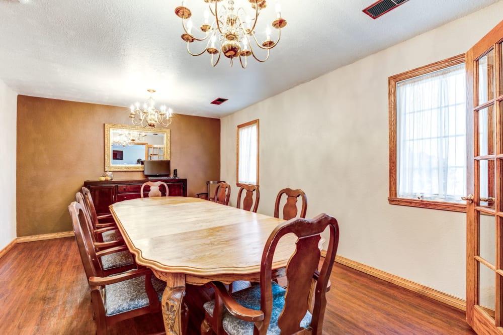 Dining room at Brookstone Estates of Fairfield in Fairfield, Illinois.