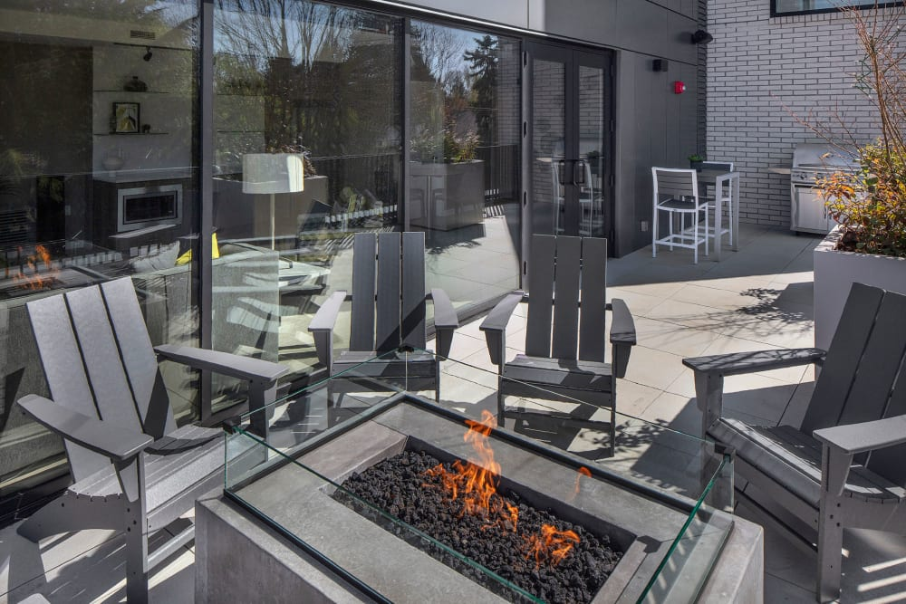 Outdoor fire pits at Sandy Fifty One in Portland, Oregon