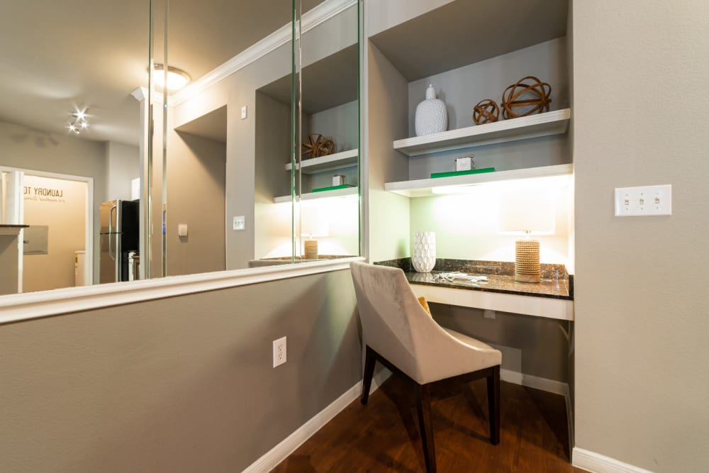 Built-in workstation area with shelves at Marquis at Texas Street in Dallas, Texas