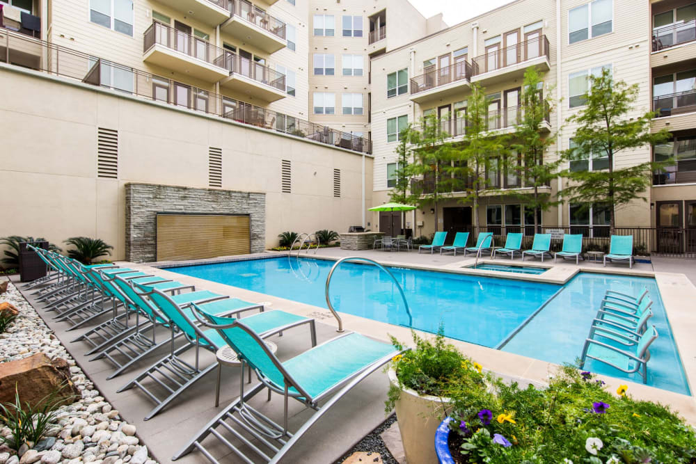 Resort-style swimming pool at The Marq on West 7th in Fort Worth, Texas