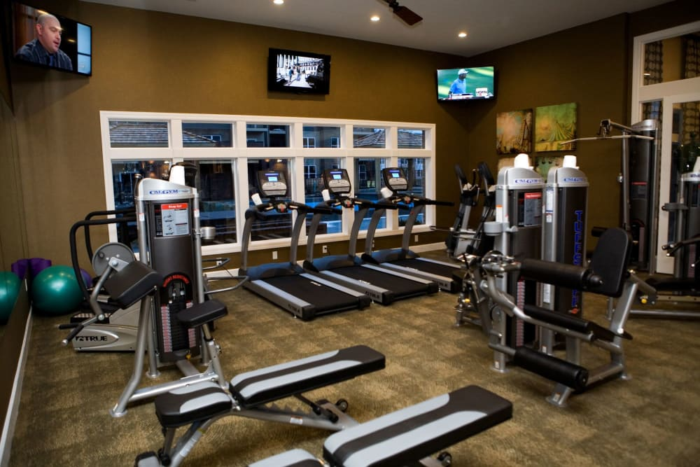 Fully-equipped fitness center at Palmer House Apartment Homes in New Albany, Ohio