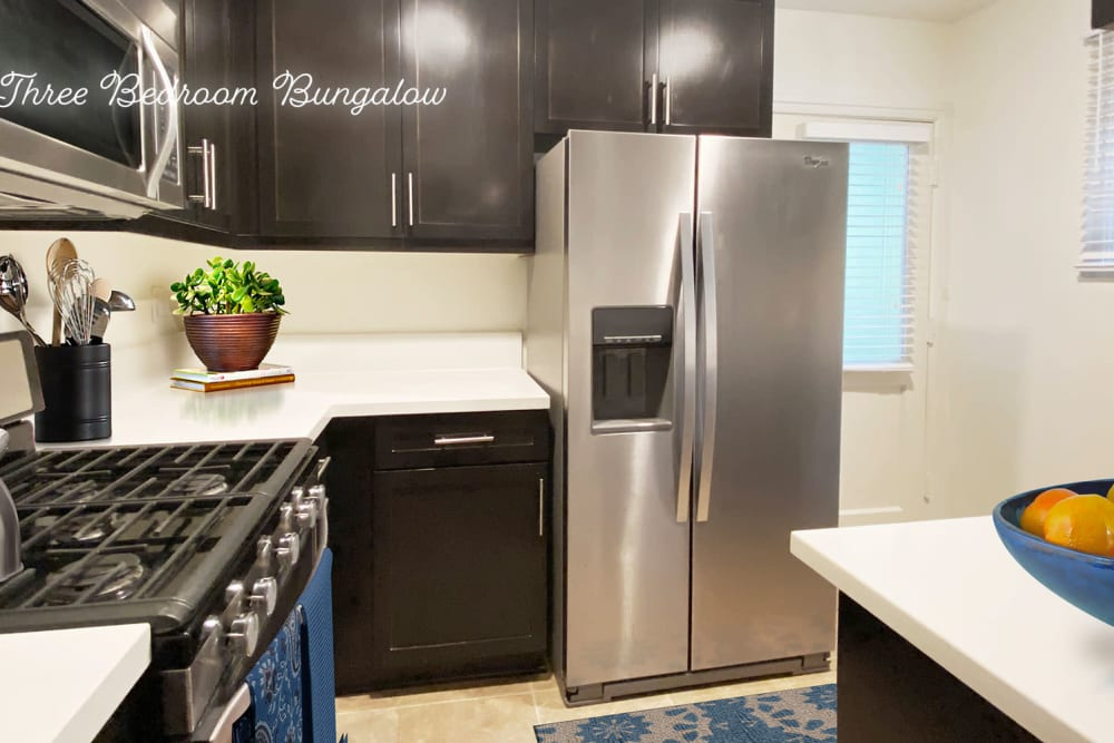 View our community's virtual tours at Sunset Barrington Gardens in Los Angeles, California