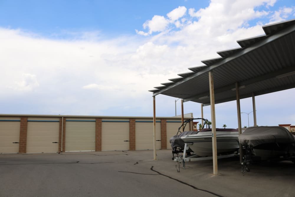 Boat storage at Golden State Storage - Horizon Ridge