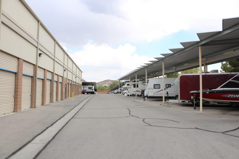 Vehicle storage at Golden State Storage - Horizon Ridge