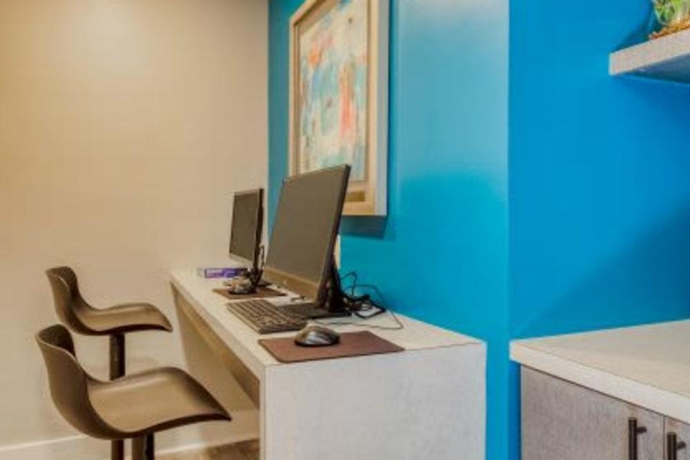 Business Center at Abbotts Run Apartments in Alexandria, Virginia