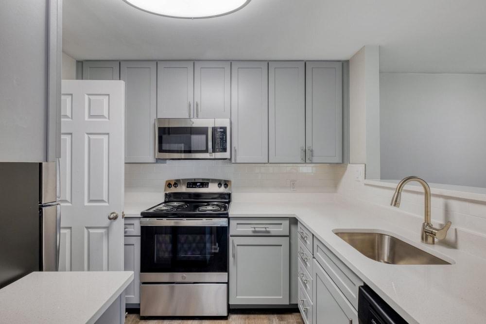 Upgraded Kitchen at Abbotts Run Apartments in Alexandria, Virginia