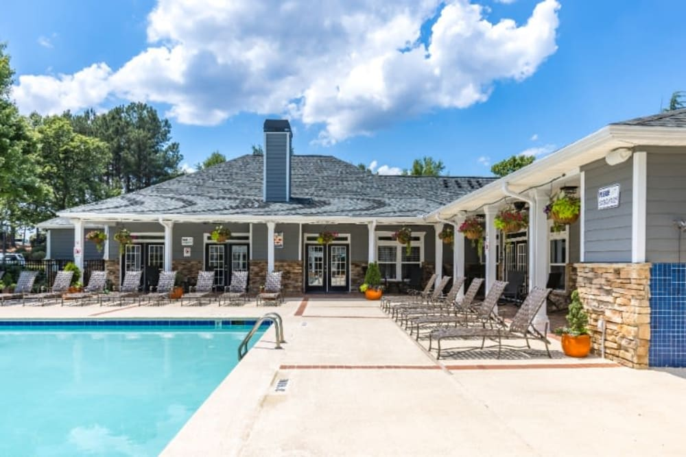 Pool at Marquis on Cary Parkway
