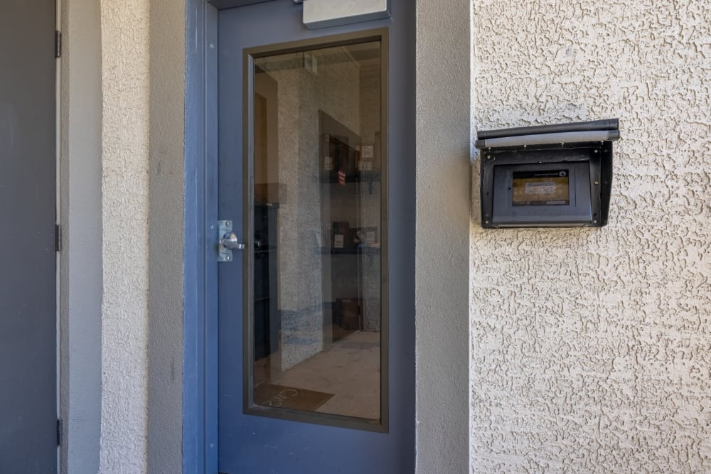 Side door access to units at The Marquis at Brushy Creek