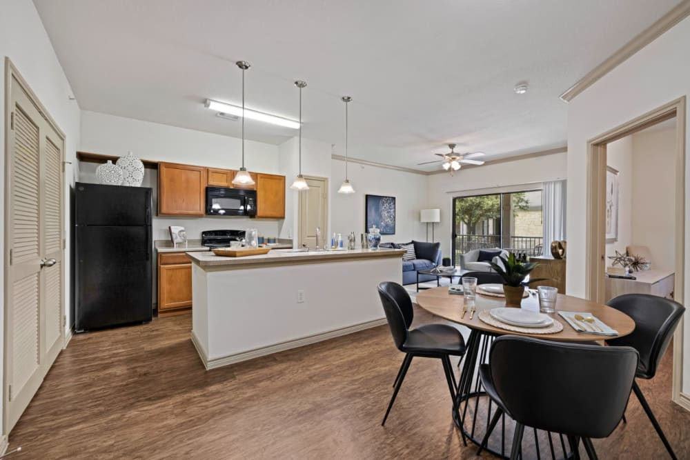 Open concept kitchen at The Marquis at Brushy Creek