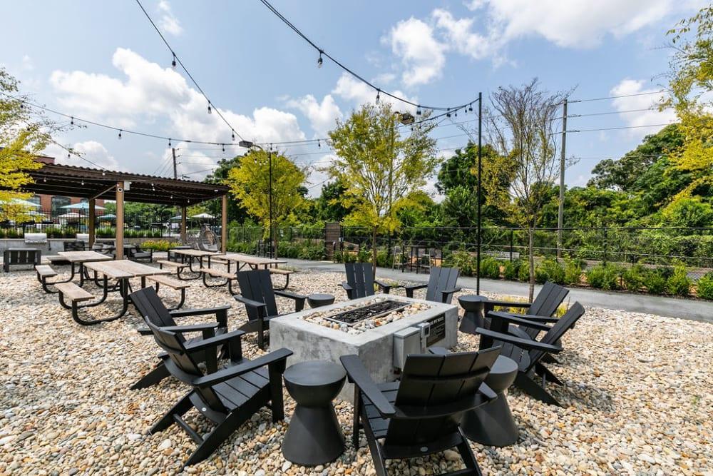Outdoor picnic area at Lofts at Riverwalk in Columbus, Georgia