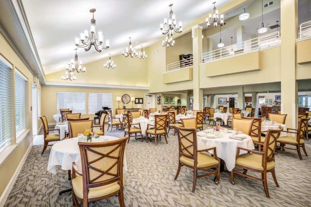 Elegant dinging room at Woodside Senior Living in Springfield, Oregon