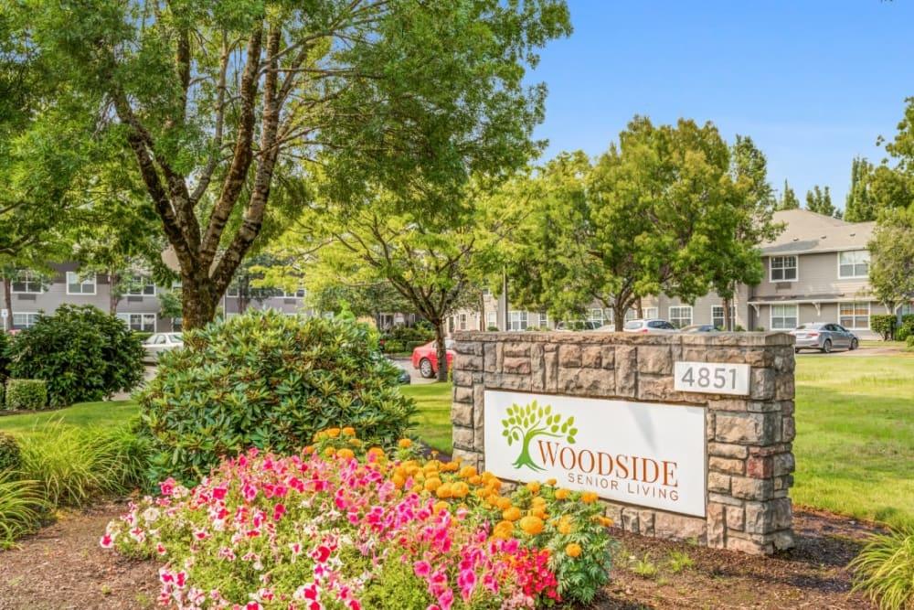 Location sign outside of Woodside Senior Living in Springfield, Oregon