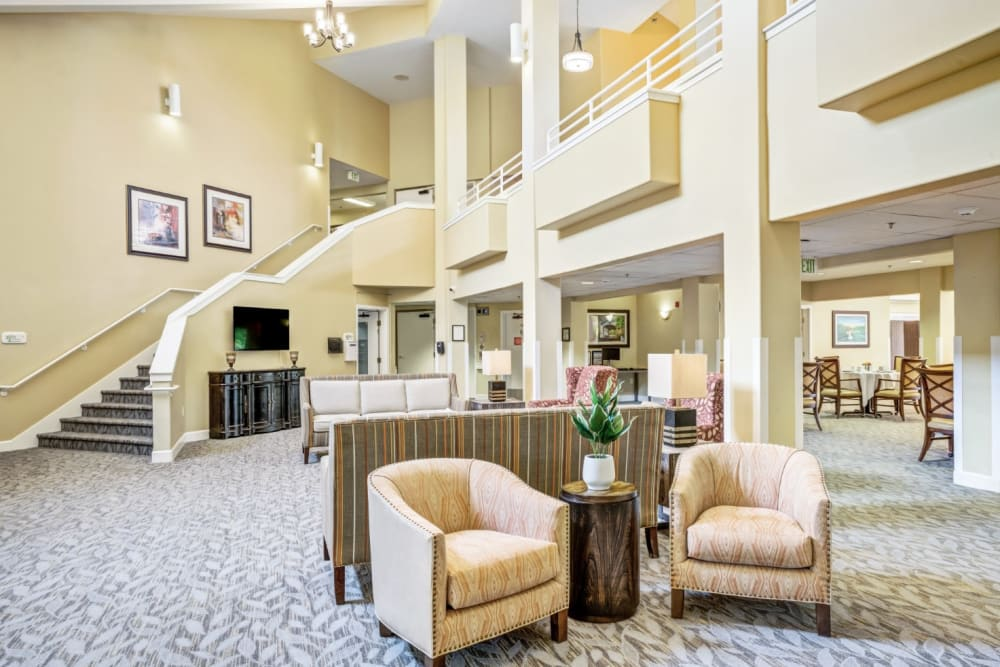 Seating in lobby at Woodside Senior Living in Springfield, Oregon