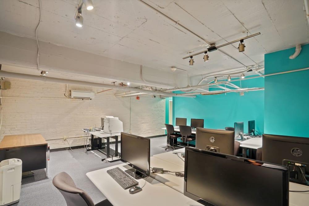 R Street business center