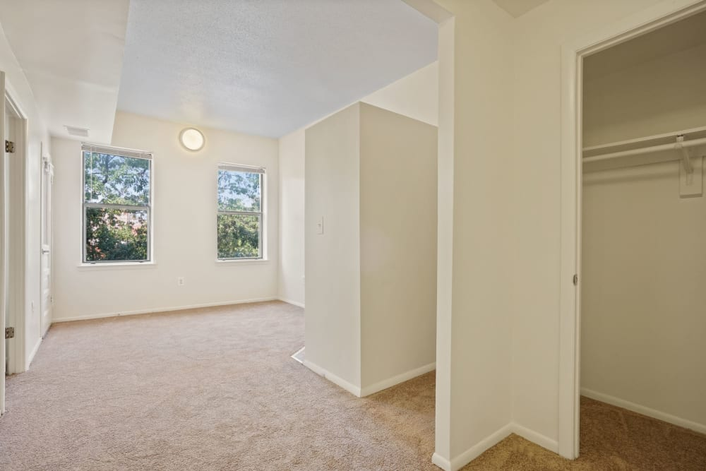 Living room with closet space at R Street