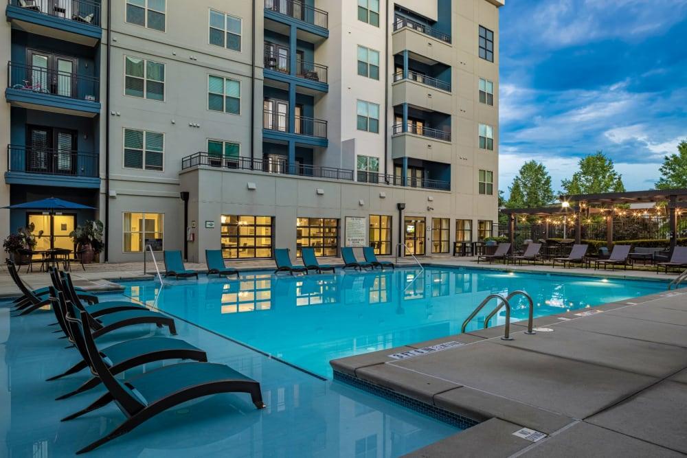 resort style pool at Marq Eight in Atlanta, Georgia