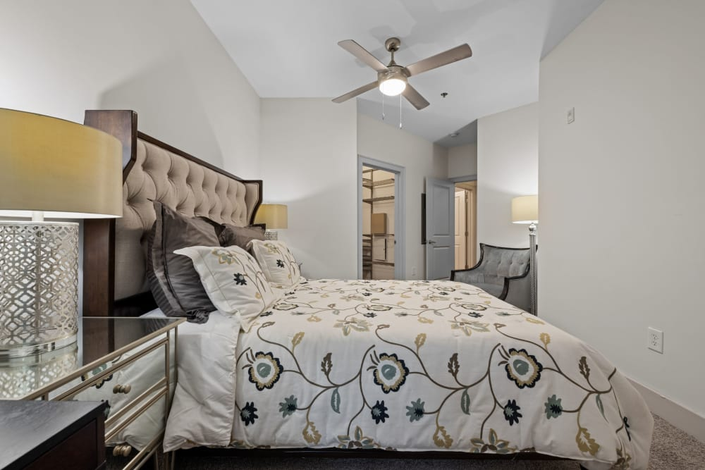 bedroom at Marq Eight in Atlanta, Georgia