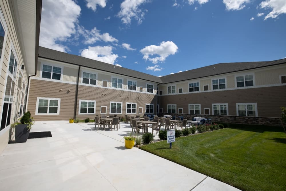 courtyard at The Village at Orchard Grove in Romeo, Michigan