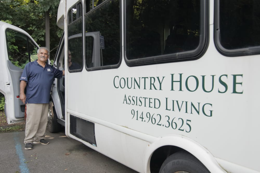 Community bus photo at The Country House in Westchester