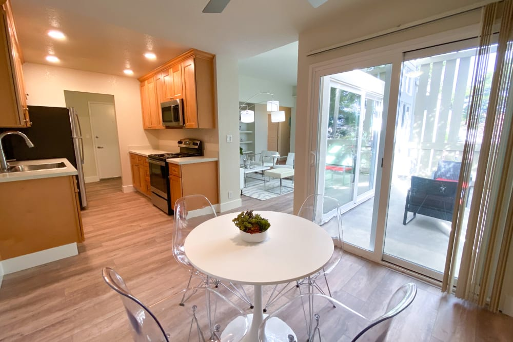Indoor lounge at Brookdale Apartments in San Jose, California