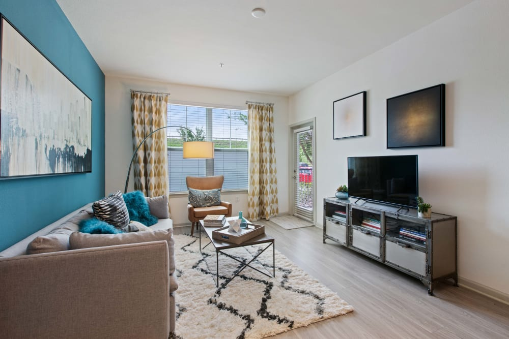 Natural lighting in the living room at Linden Crossroads in Orlando, Florida