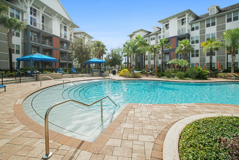 The pool at Linden Crossroads in Orlando, Florida