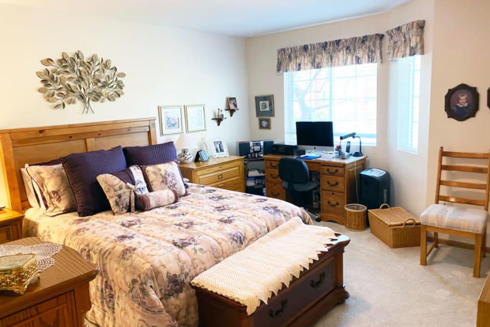 bedroom at The Iris Senior Living in Great Falls, Montana