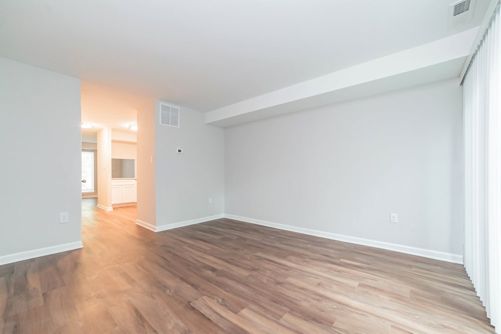 Dining room at Beacon Pointe Apartments & Townhomes in Sparrows Point, Maryland