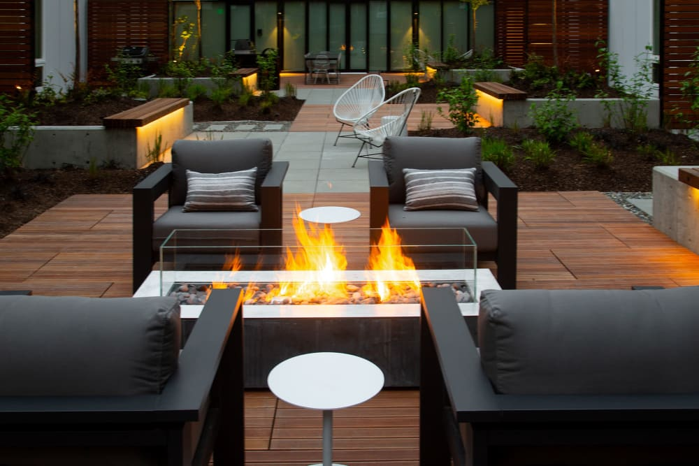 Outdoor fire pit and seating at Blackbird in Redmond, Washington