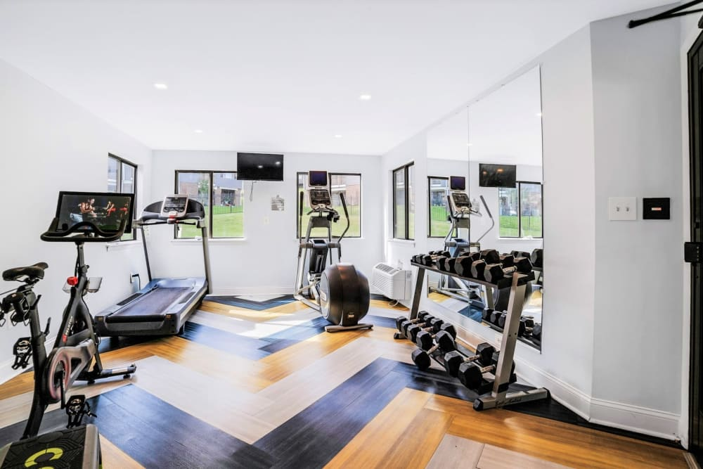 Well-equipped onsite fitness center at Eagle Rock Apartments at Towson in Towson, Maryland
