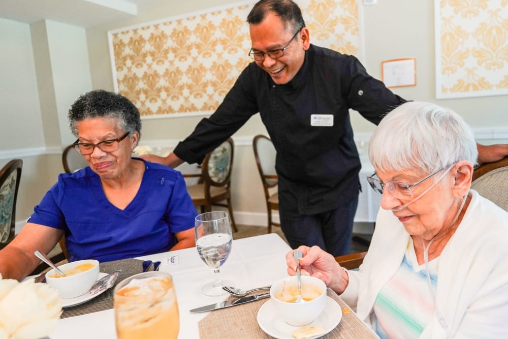 Serving residents meals The Harmony Collection at Hanover in Mechanicsville, Virginia