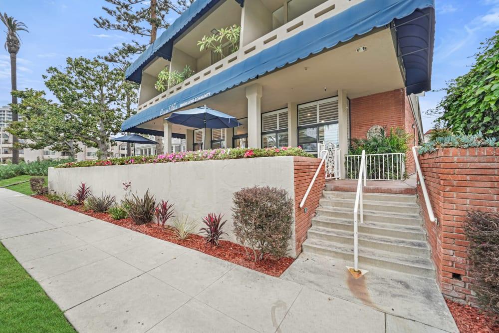 Stairs leading to the entrance at Meridian at Ocean Villa & Bella Mar in Santa Monica, California