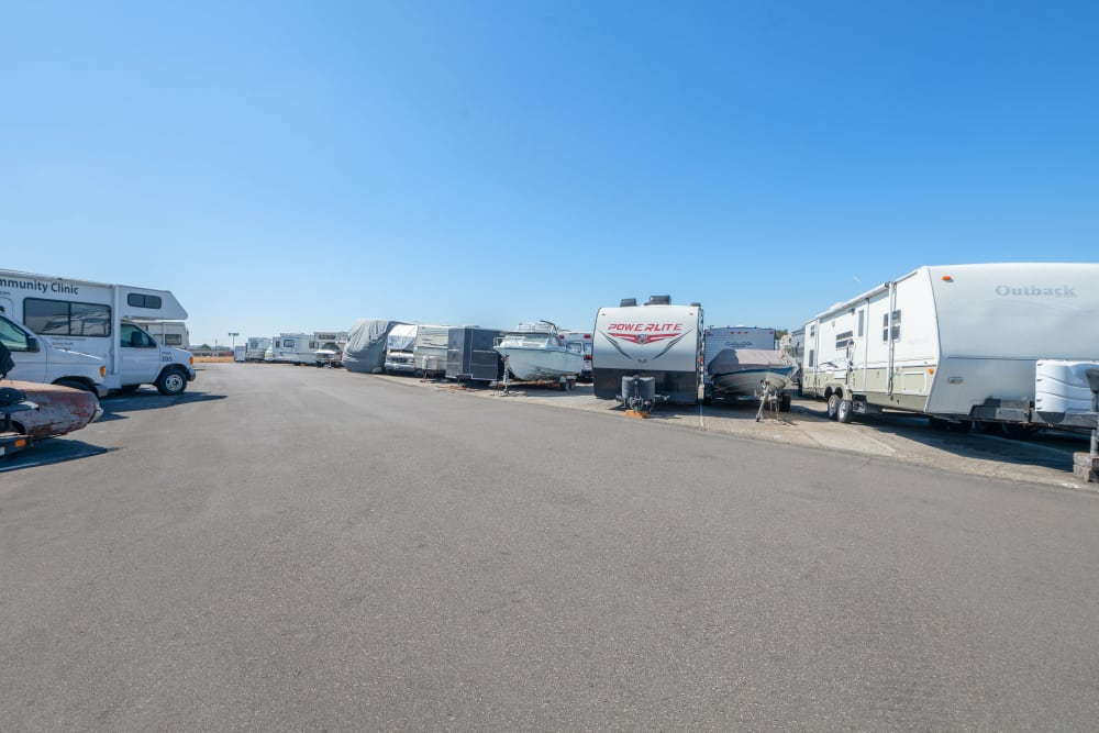 RV and parking space rentals at Storage Etc... Carson in Carson, CA