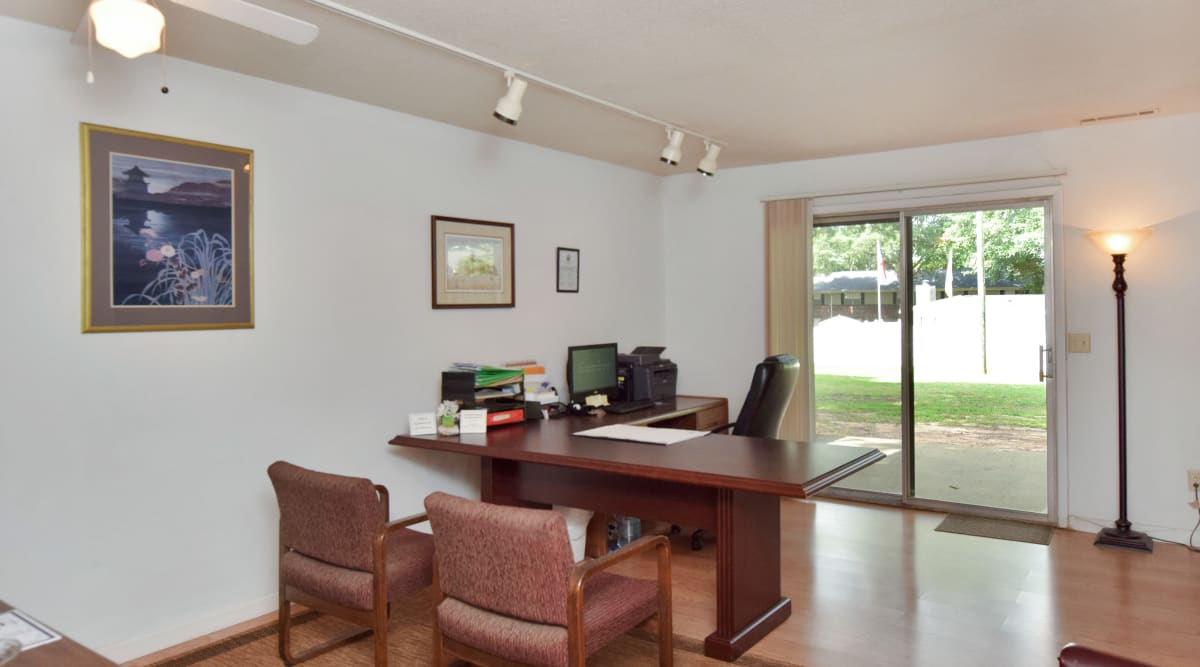 Leasing office at Issaqueena Village in Central, South Carolina