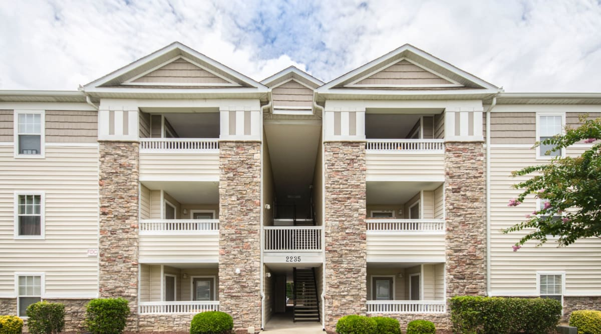 Private balconies at Sunchase Apartments in Greenville, North Carolina