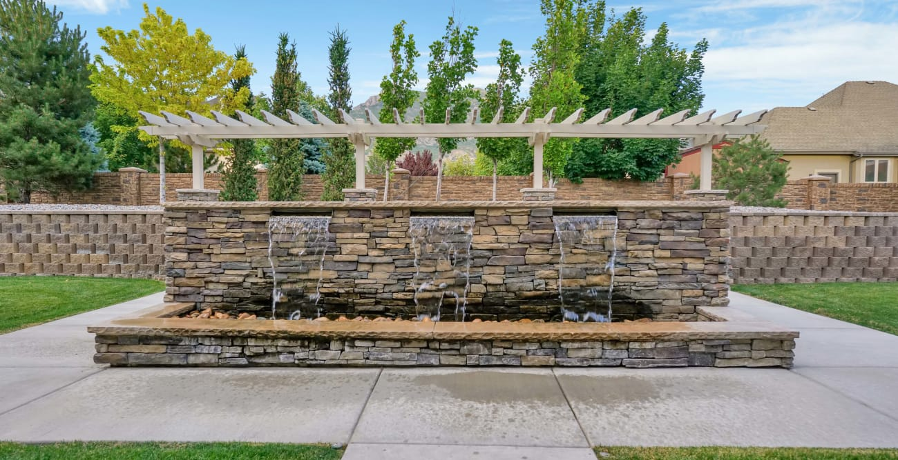 Water fountain at Highland Glen in Highland, Utah
