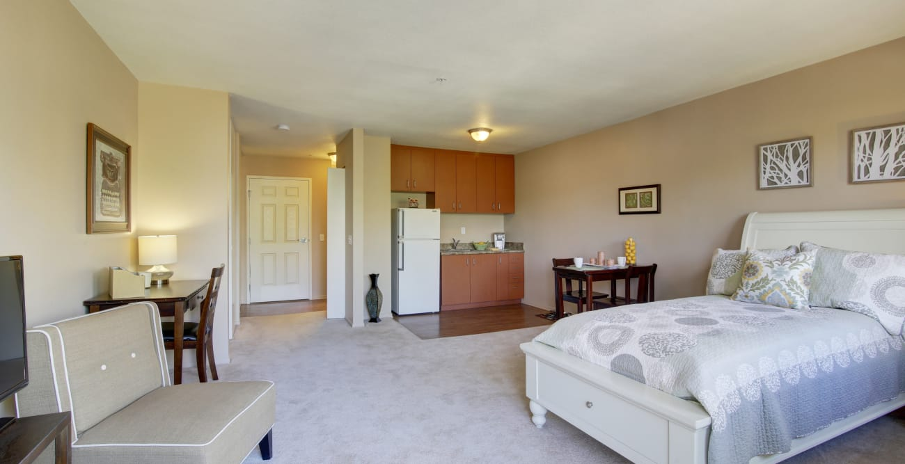 Welbrook Arlington offers a bedroom in Riverside, California