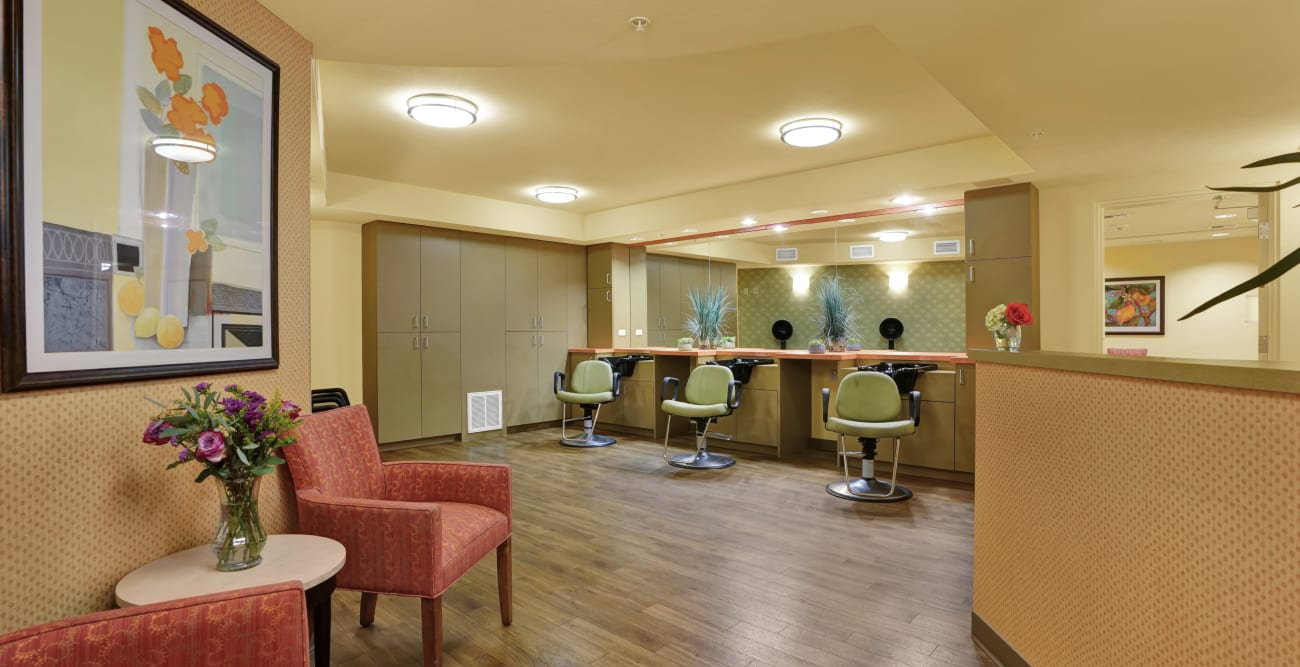 salon at The Reserve at Thousand Oaks