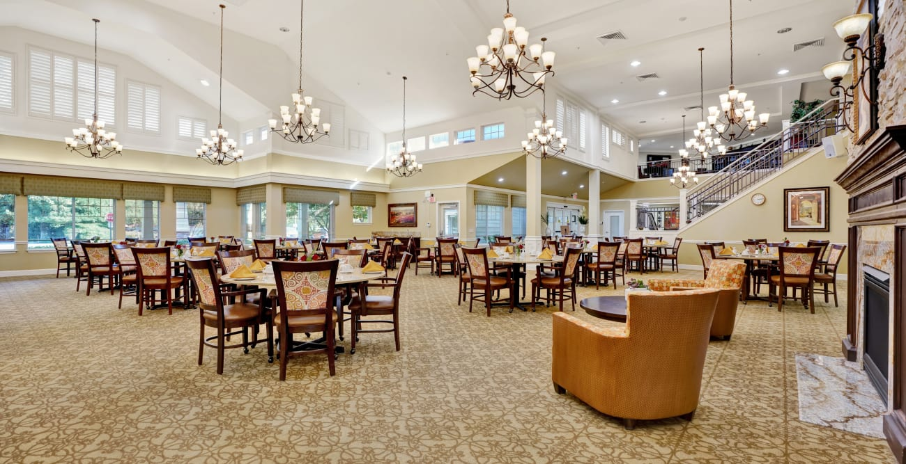 dining area at The Commons at Elk Grove