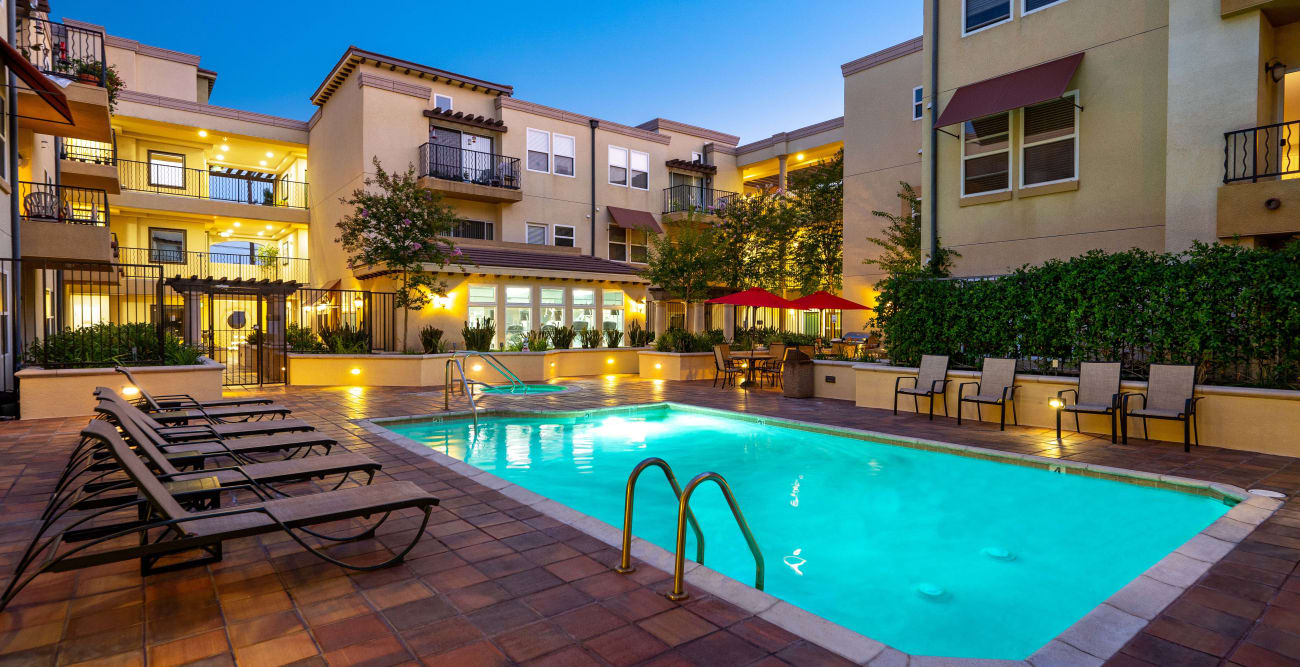 Large swimming pool and soothing spa at The Villagio in Northridge, California